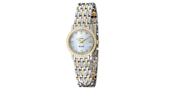欧米女士茄碟飞系列镶钻袖珍K金腕表