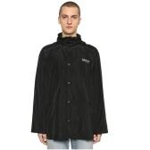 BALENCIAGA 巴黎世家黑色logo尼龙派克外套 $1,074(约7,289元)