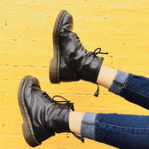 Ssense:精选多款 Dr. Martens 马丁靴 新季上新
