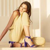 Alexandre Birman Clarita 麂皮蝴蝶结高跟鞋 $258.99(约1,738元)