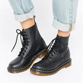 Dr Martens 黑色系带马丁靴 £100(约880元)