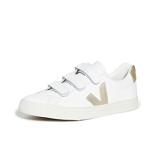 Veja 3-Lock 徽标运动鞋 $135(约952元)