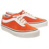 Vans 万斯 Bold 橘色低帮运动鞋 £26(约235元)