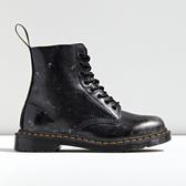 Dr. Martens 马丁博士 1460 Pascal Italian Brush Boot 做旧马丁靴 $160(约1,109元)