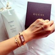 GUCCI 古驰 YA015560 手镯型 女士时装腕表
