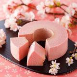 石屋制菓 TSUMUGI 樱花年轮蛋糕