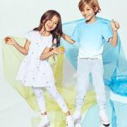 Bloomingdale's最新优惠:精选儿童鞋履服饰最高可减75美元