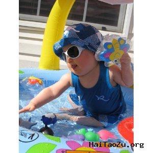 Mushroom Baby小蘑菇婴儿充气式游泳池 $11.95